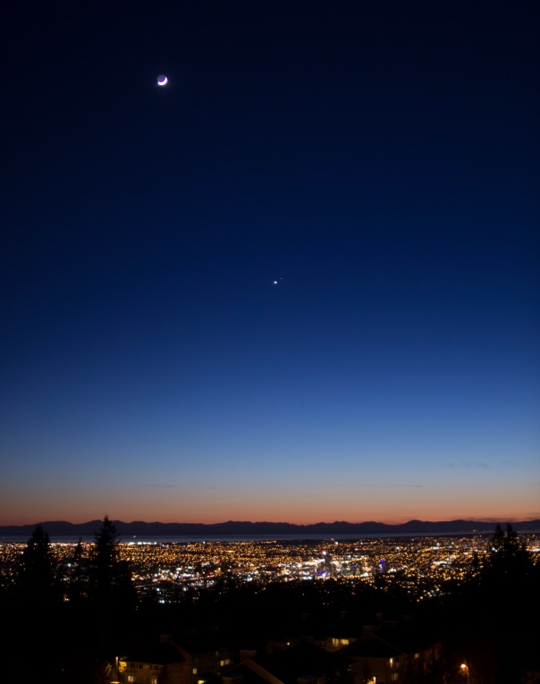 Moon at upper left with Mars and Venus in Centre over Vancouver Saturday Feb 21 2015